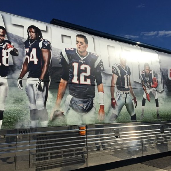 patriots-drive-for-5-bus-1_410972