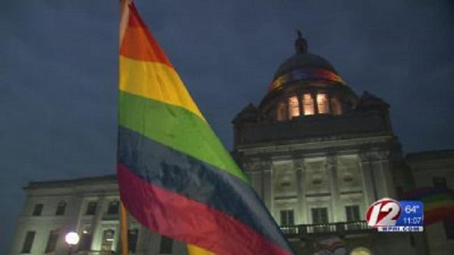pride-flag LGBT lesbian gay bisexual transgender queer_429038