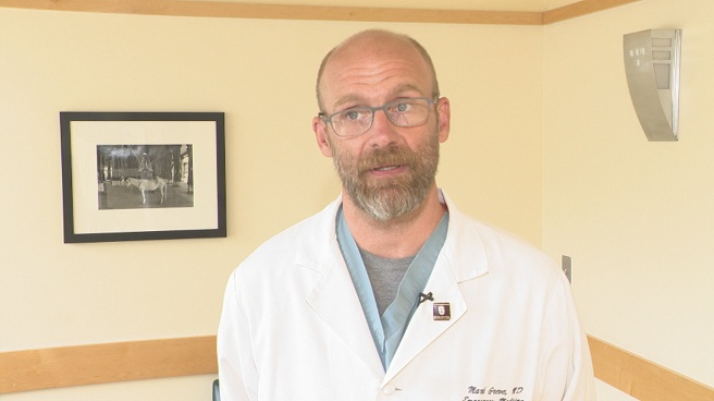 Dr. Mark Greve, a clinical associate professor of emergency medicine at Brown University_521612
