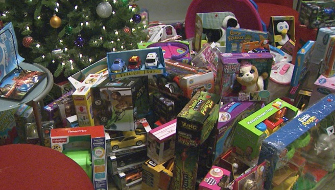 Toy donations_595630