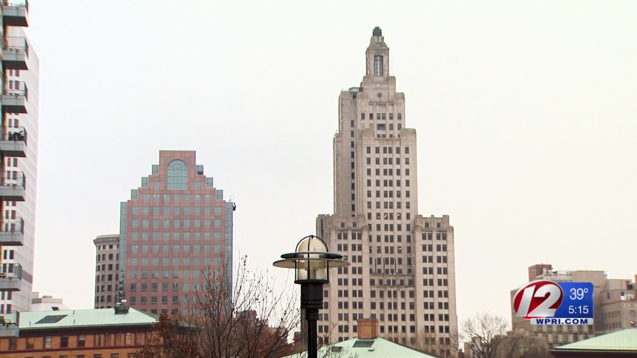 Still no plan to save landmark 'Superman' building, empty for 5 years