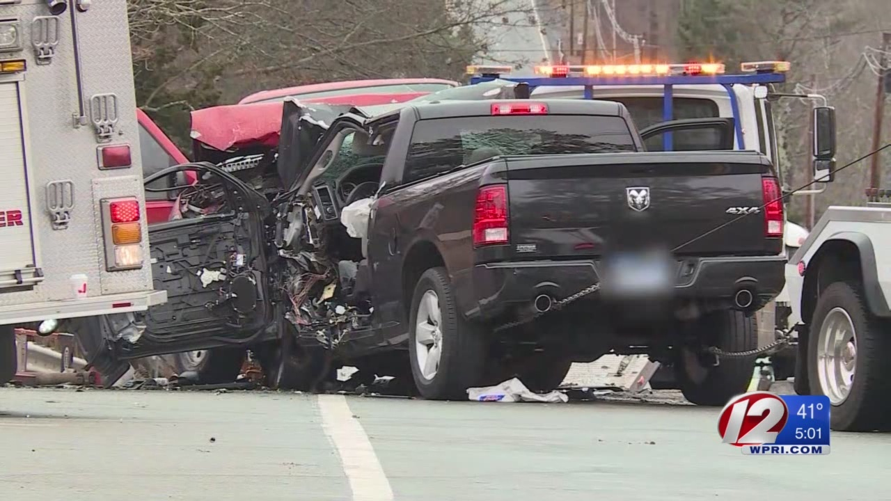2 killed in Rt. 6 head-on crash in Foster