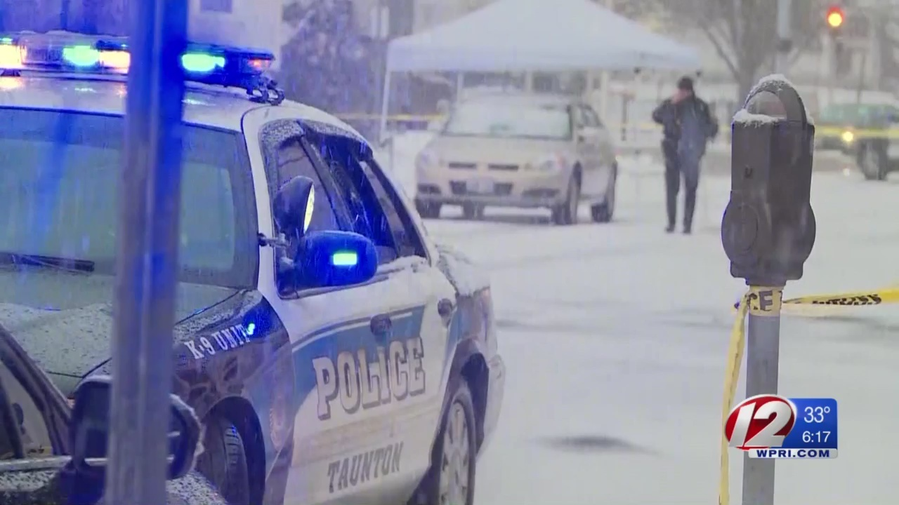 Taunton police investigating stabbing, disturbance in roadway
