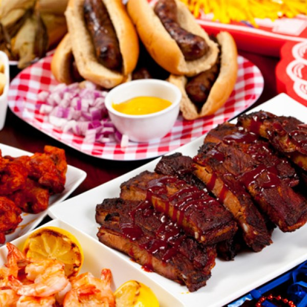 tailgate-food-wings-ribs-shrimp-gluten-free_ttvw2p_304533