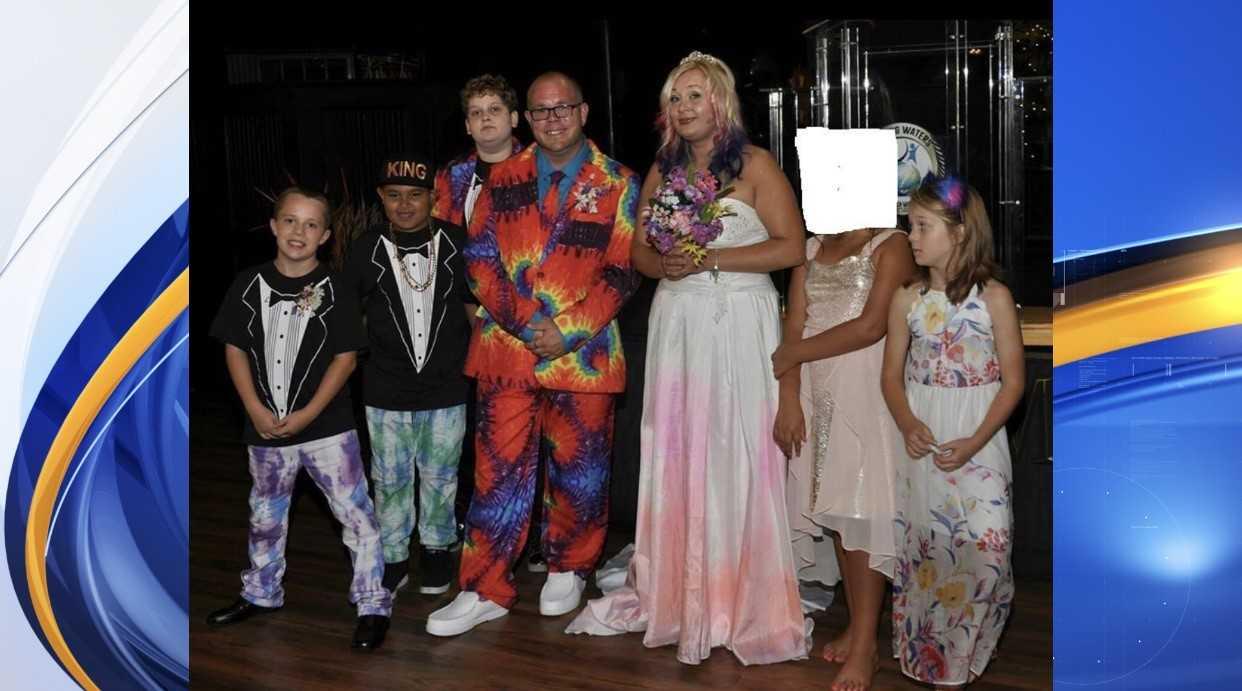 missing family_1558400179371.jpg.jpg