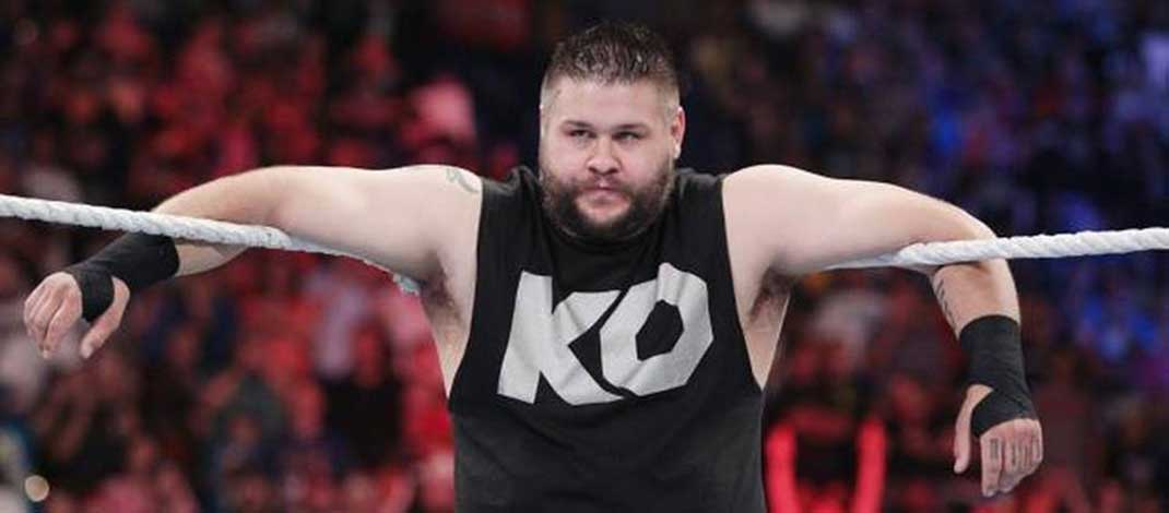 Fan Insults Kevin Owens, Owens Responds