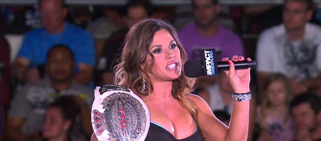 Mickie James  Reportedly Signs Multi-Year Deal With WWE