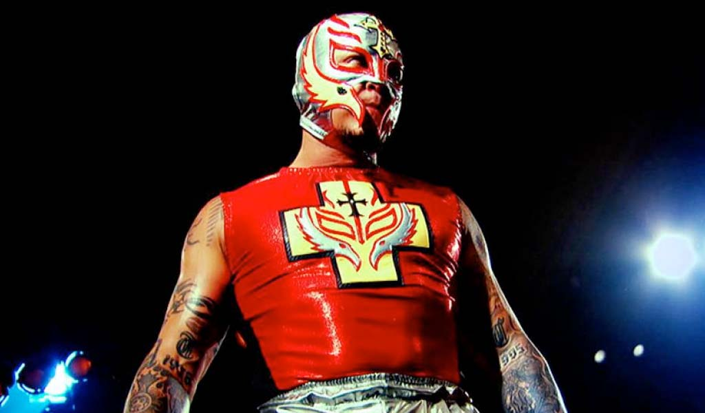 Rey Mysterio, The Great Khali, and Mark Henry advertised for the Greatest Royal Rumble