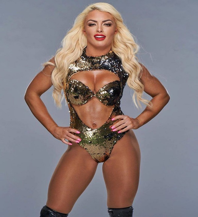Mandy Rose seduces WWE star after inviting him to her bedroom