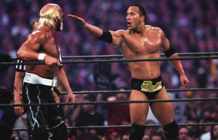 The Rock finger Hulk Hogan