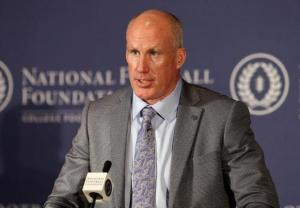 Shane Conlan during the 2014 College Football Hall of Fame induction ceremony. (www.centredaily.com)