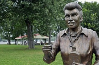 A statue of Lucille Ball, created by Jamestown-based artist Dave Poulin, has been on display in Lucille Ball Memorial Park in Celoron, NY since 2009.