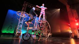 [WATCH] Cirque Mechanics to Appear at Reg Lenna on Sunday, April 10