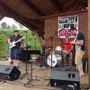 [LISTEN] Arts on Fire – 2016 WRFA Great American Picnic: Short Bus