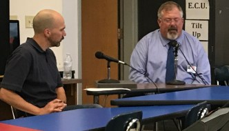 [LISTEN] Commmunity Matters – Interview with Dr. Bret Apthorpe at JHS Government and Economics Class