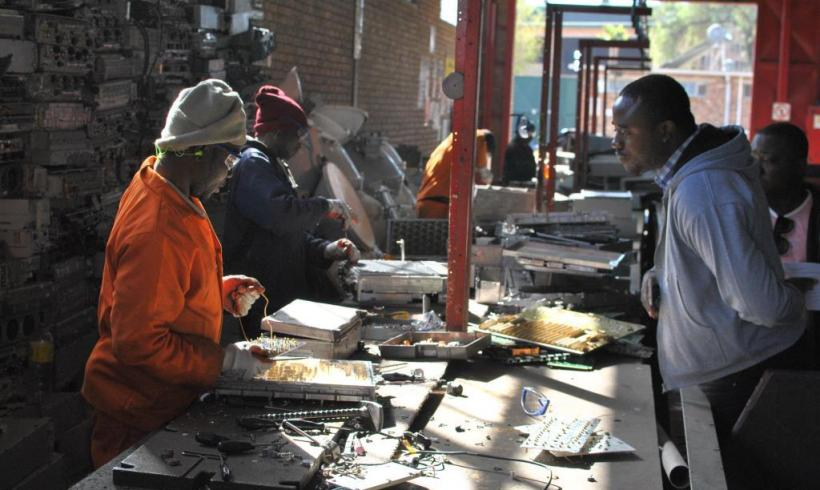 African E-Waste Experts Trained in Inclusive Recycling