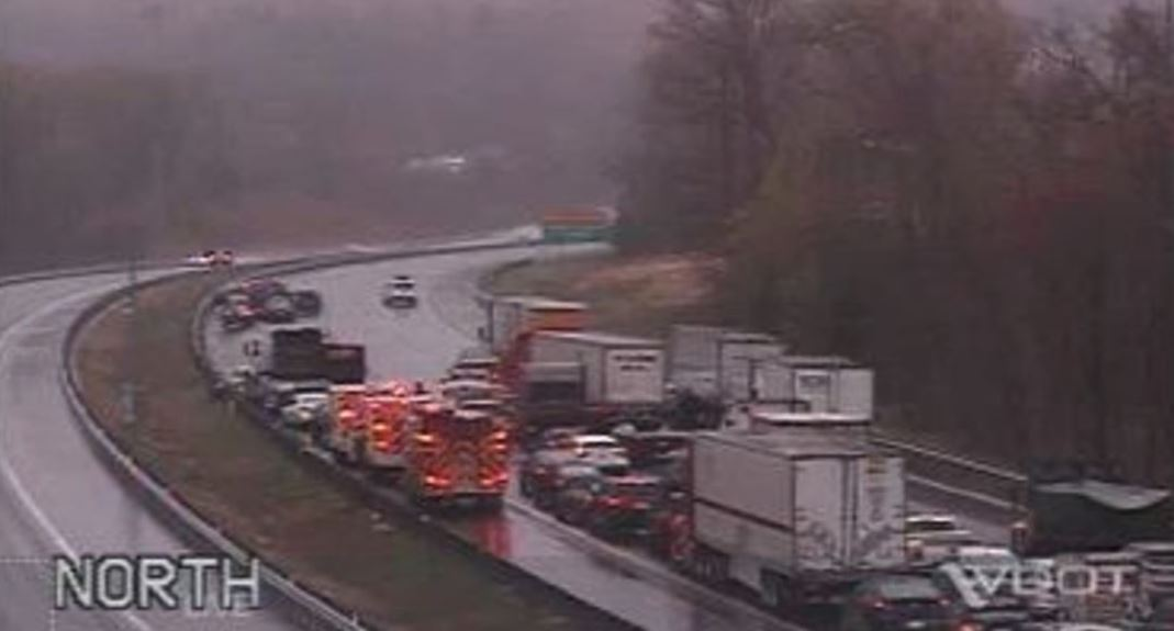 10-car crash causes delays on I-95 in Stafford County