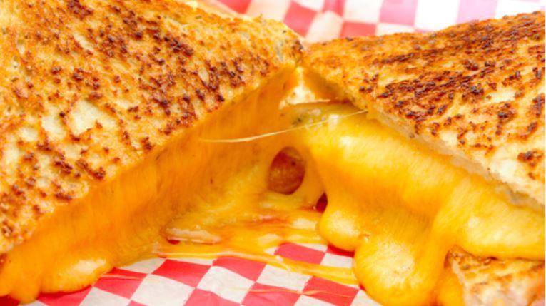 grilled cheese_1555065028037.JPG.jpg