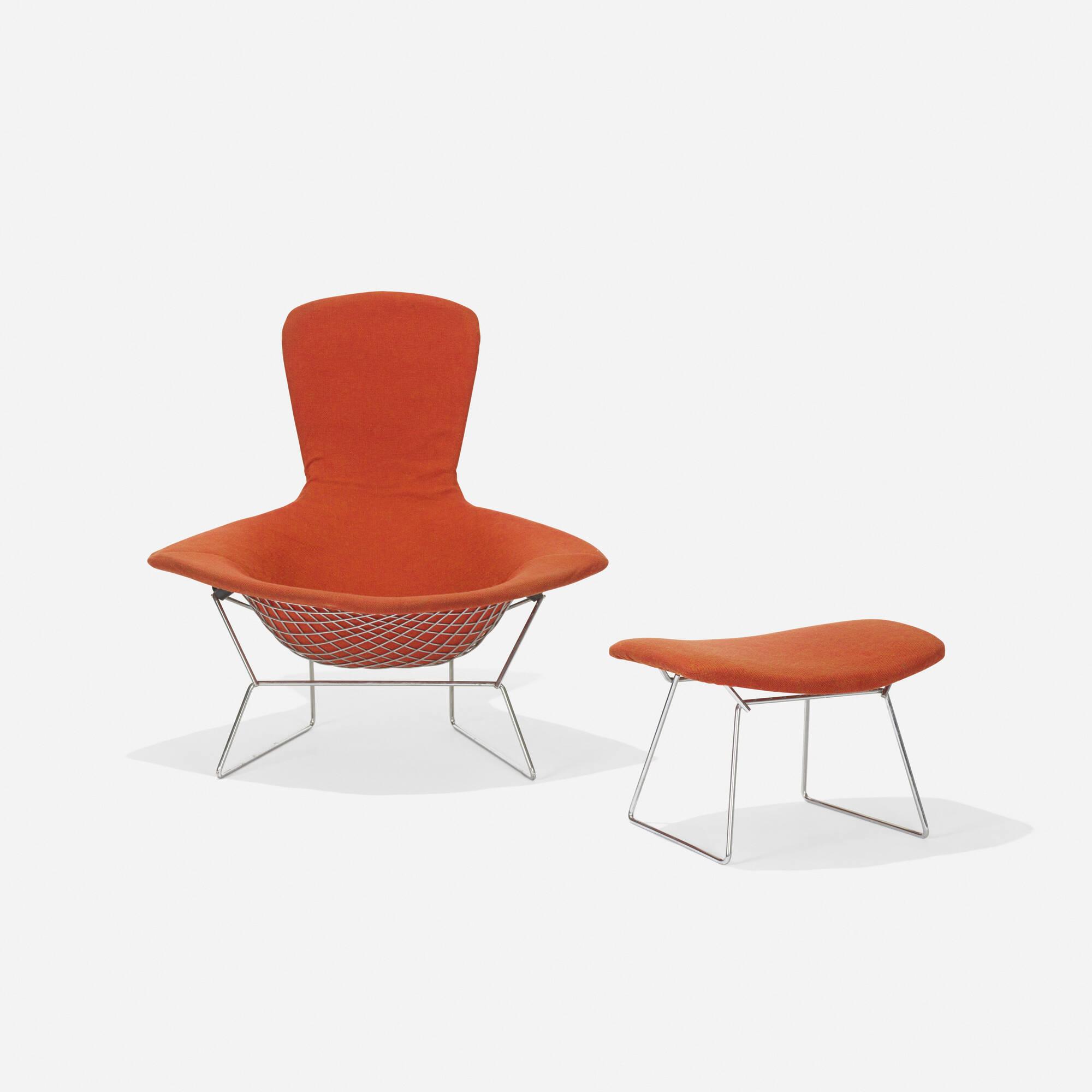 109 HARRY BERTOIA Bird chair and ottoman