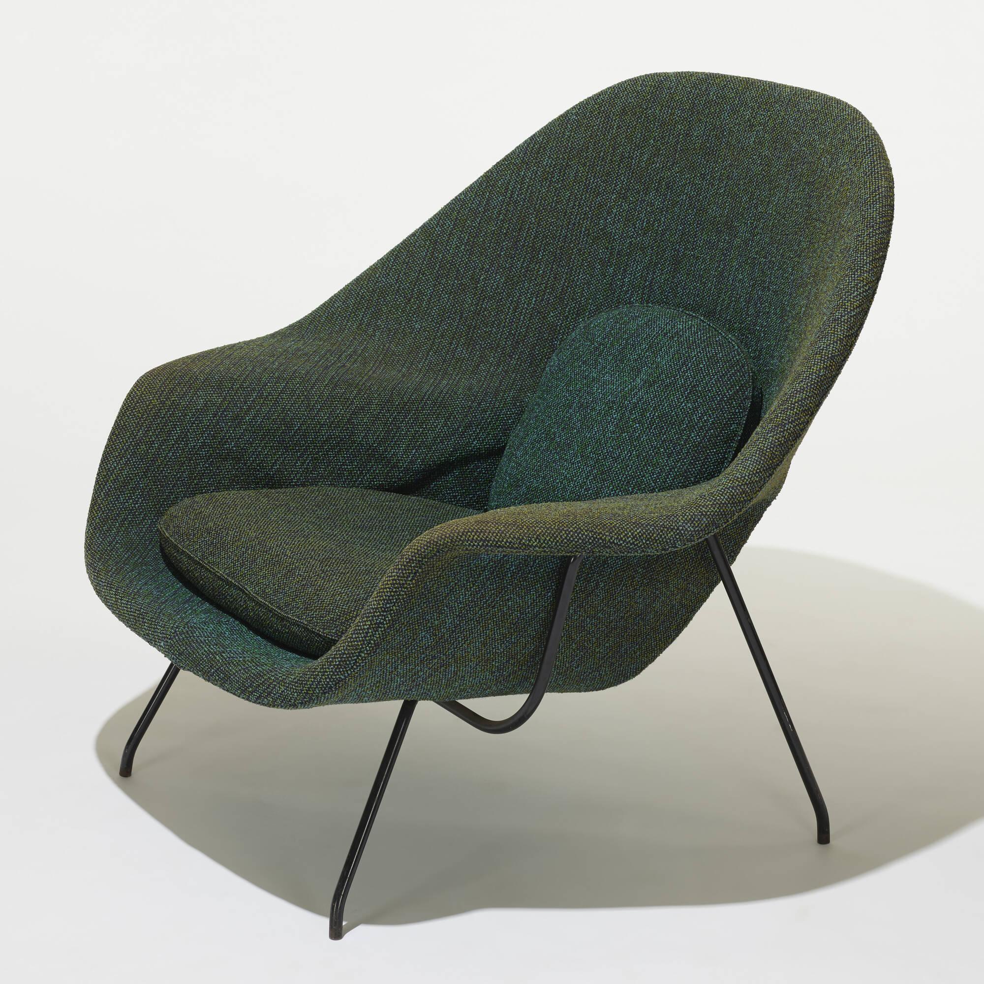 229: EERO SAARINEN, Womb chair and ottoman