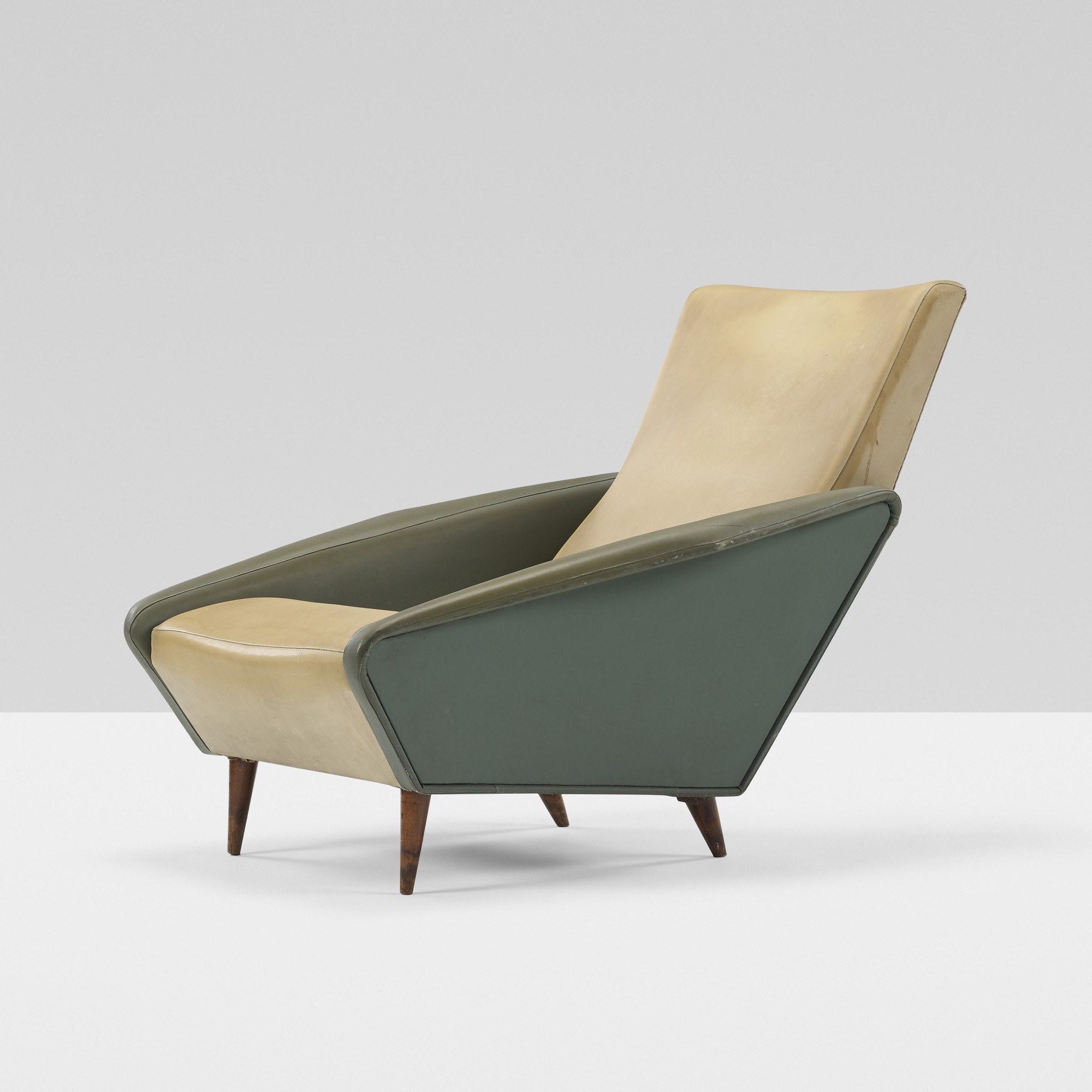 248 GIO PONTI Distex lounge chair model 807