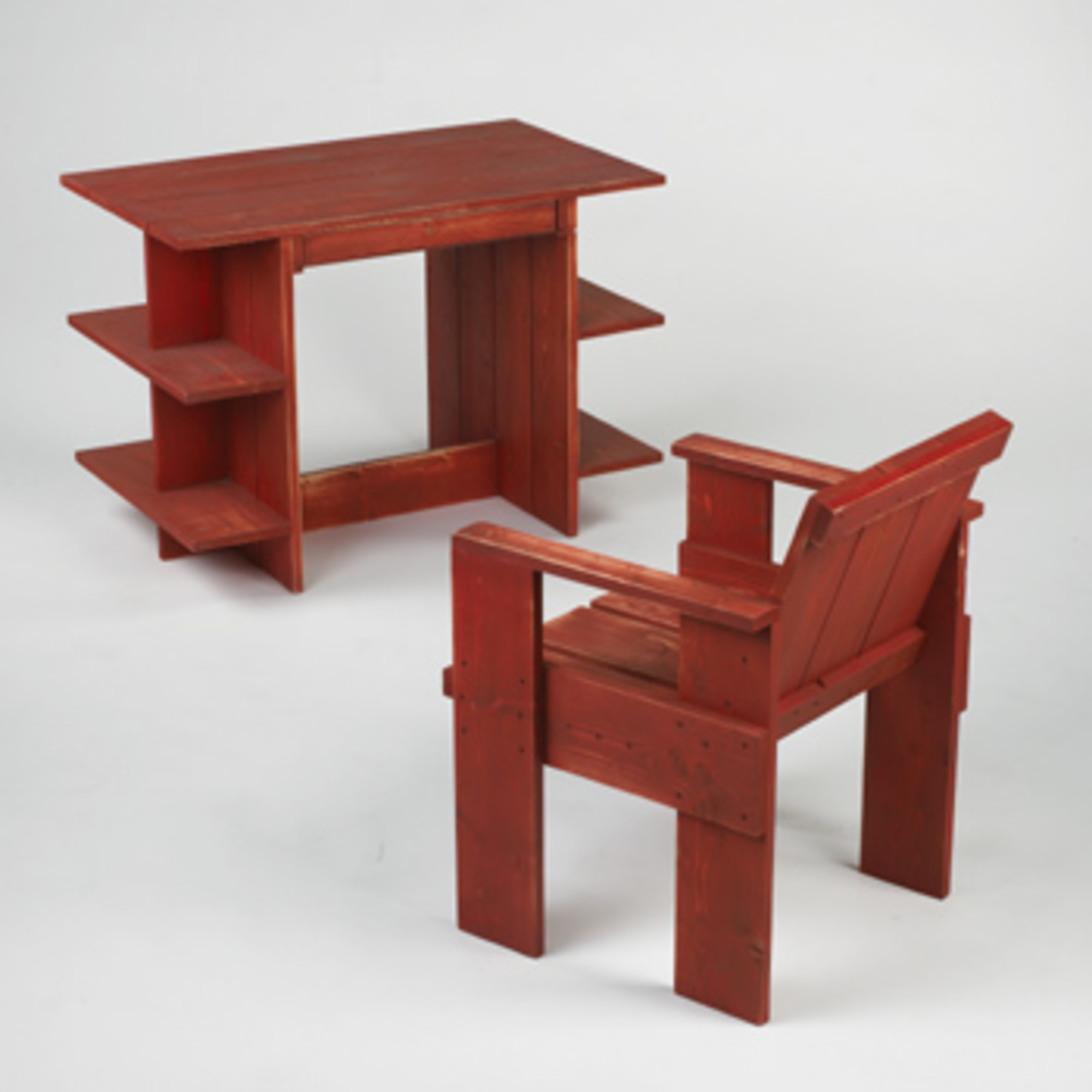 gerrit rietveld crate chair aluminum beach 361 desk and