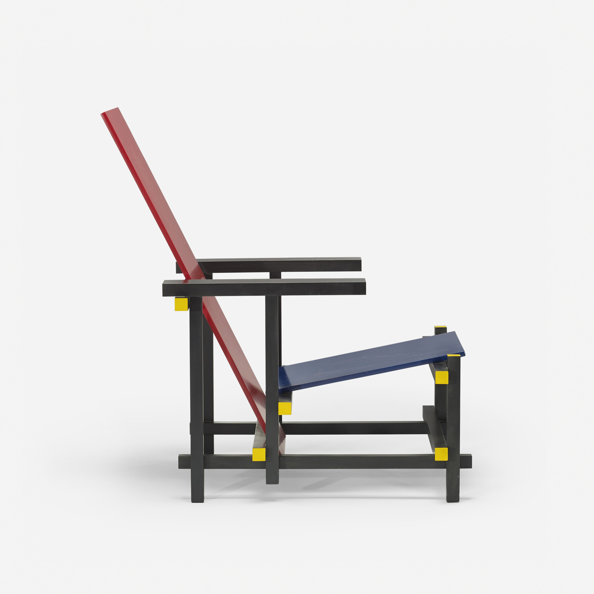 380 GERRIT RIETVELD Red Blue chair