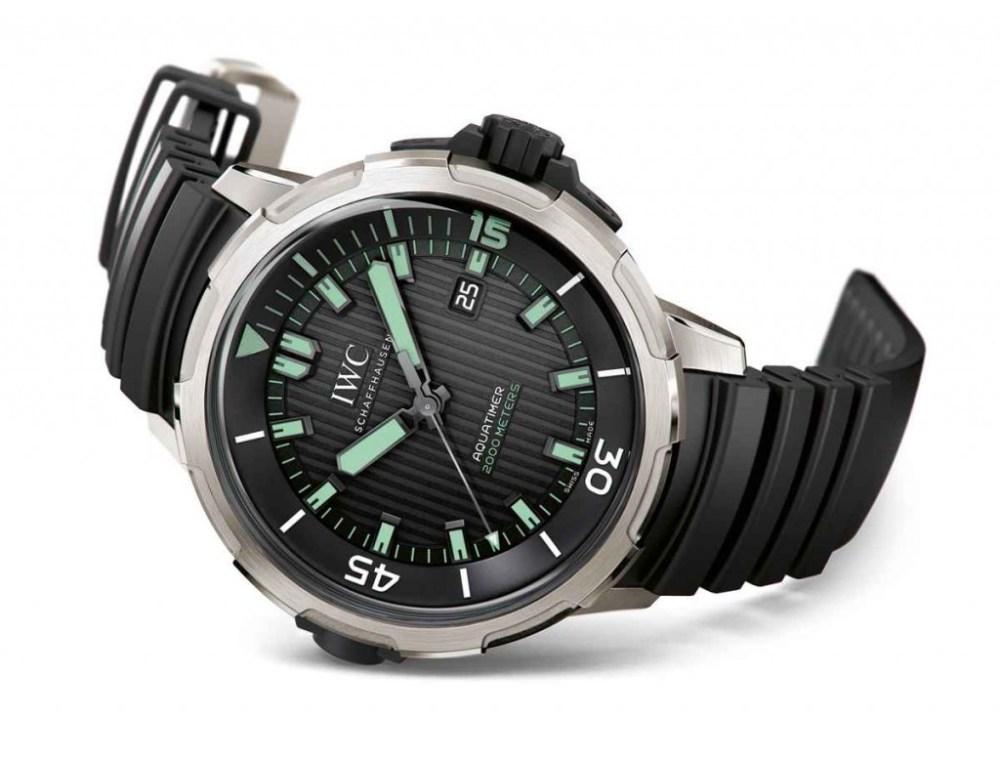 SIHH-2014-IWC-Aquatimer-Automatic-2000-IW358002-2-e1388509788969