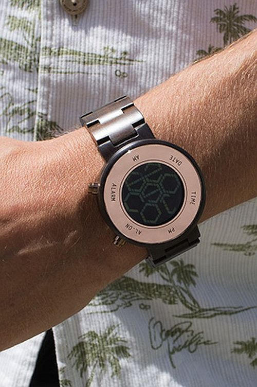 kisai_zone_wood_lcd_watch_from_tokyoflash_japan_07