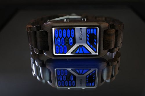 kisai_console_wood_led_watch_from_tokyoflash_japan_01