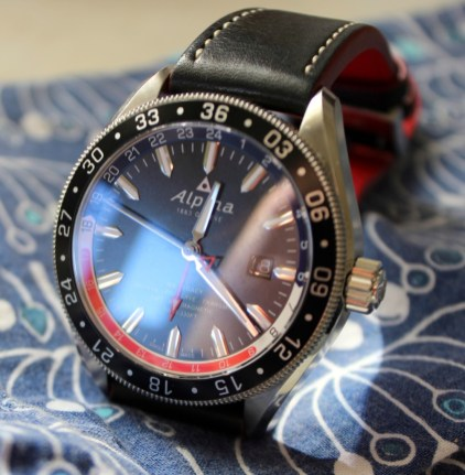 Alpina-GMT-4-Business-Hours-4