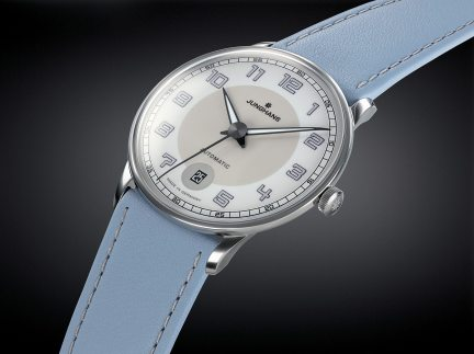 Junghans_Meister Driver Automatic_027_4718_00_Beauty
