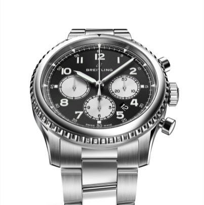 Navitimer 8 B01 with black dial and stainless steel bracelet. (PPR/Breitling)