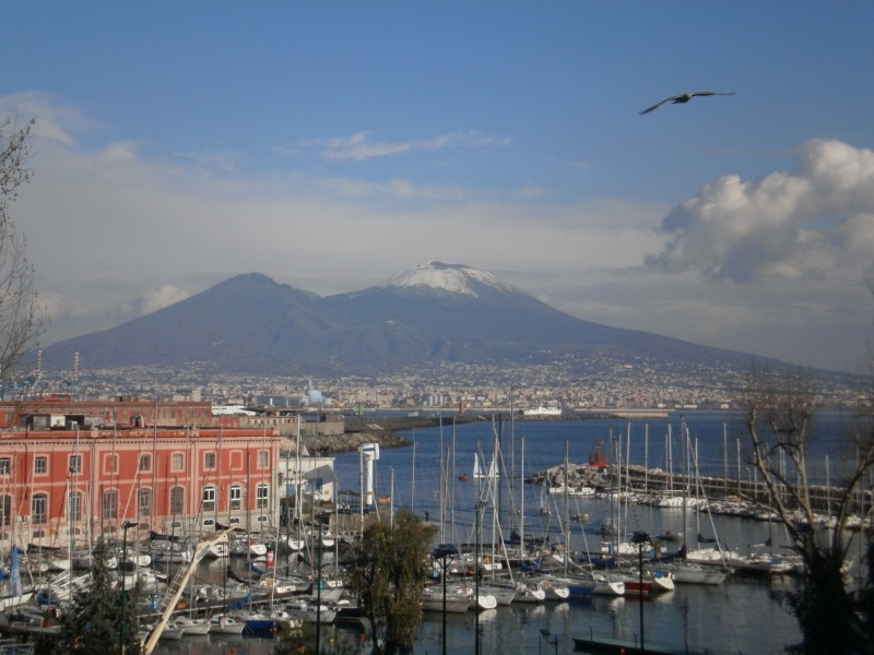 Neapol zimą - słońce i brak śniegu