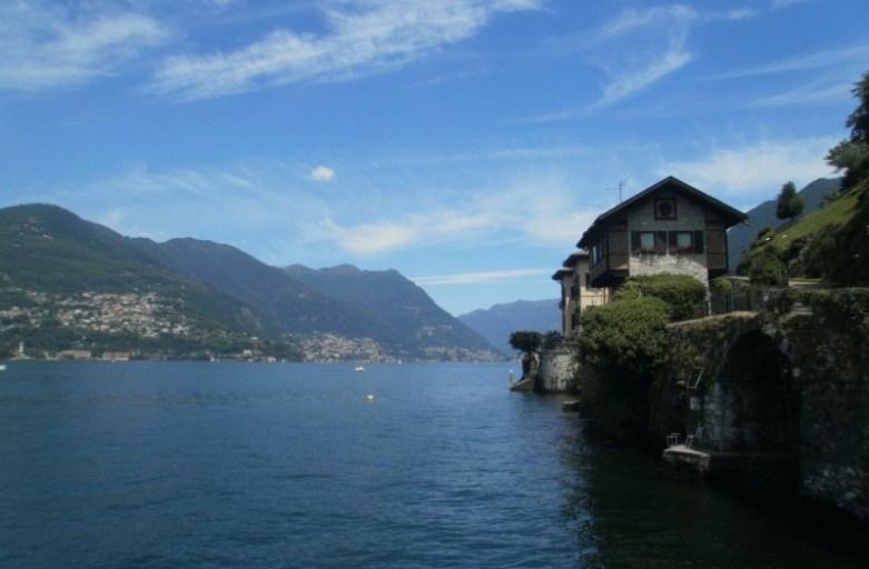 Jezioro Como latem
