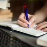 How handwriting analysis can help you in building a good personality