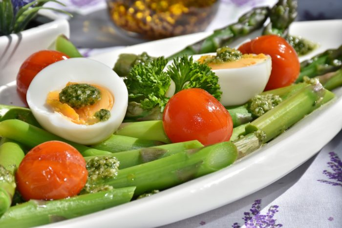 healthy eating, healthy, healthy foods, food, asparagus, tomato, egg,