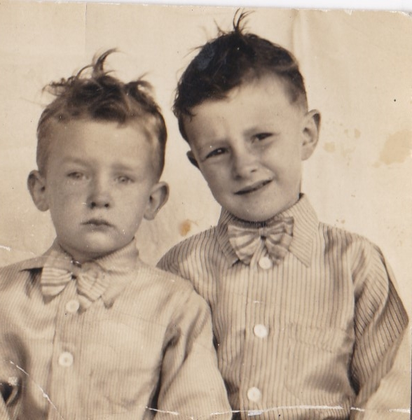 brothers, 1930's, dad, uncle, boys