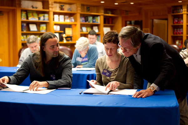 Tim Powers with Kodiak Julian and Christopher Reynaga at the Writers Workshop.