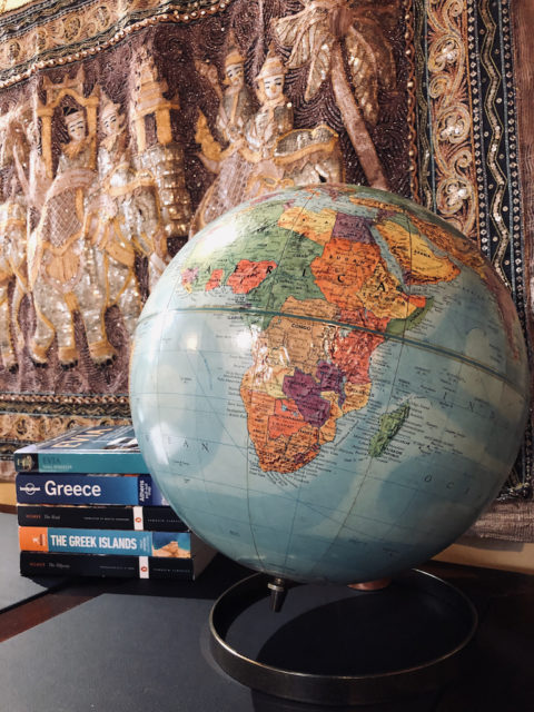 The Globe in La Casa Grande Desk