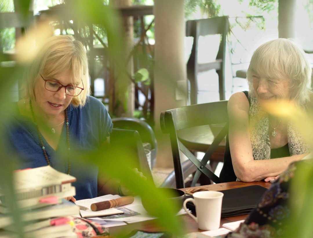 Writing and Yoga Retreat Vietnam. Kerstin and Heidi during a writing session.