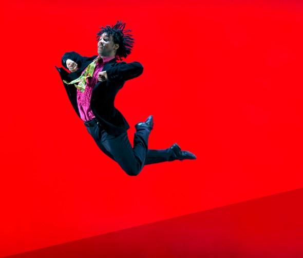 Miguel Altunaga in Christopher Bruce's Rooster (photo © Hugo Glendnning)