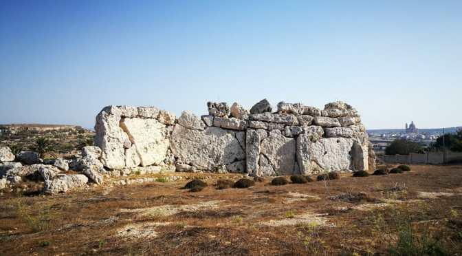 The Ġgantija Temples and down to Ramla Bay, Gozo