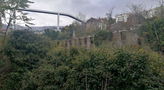 The Mountainous city: Portugal's public elevators and funiculars victorian and modern