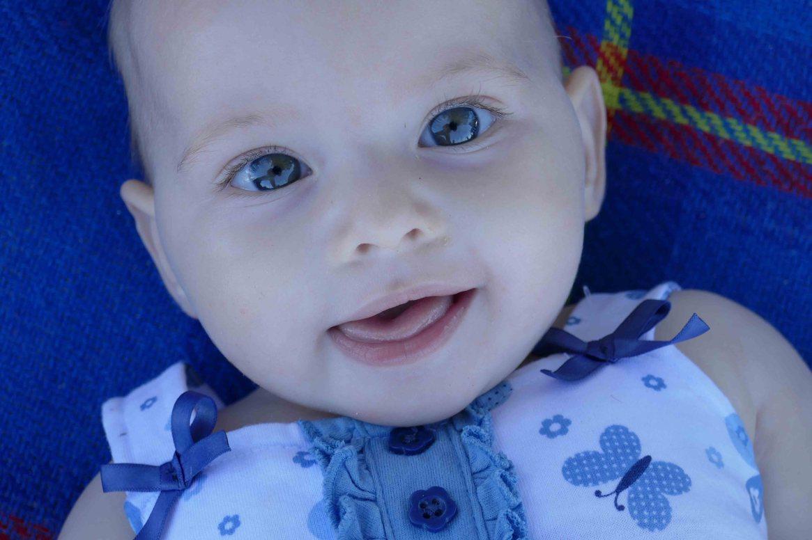 https://www.writteninwaikiki.com/wont-cherish-every-moment-mum/ baby smile