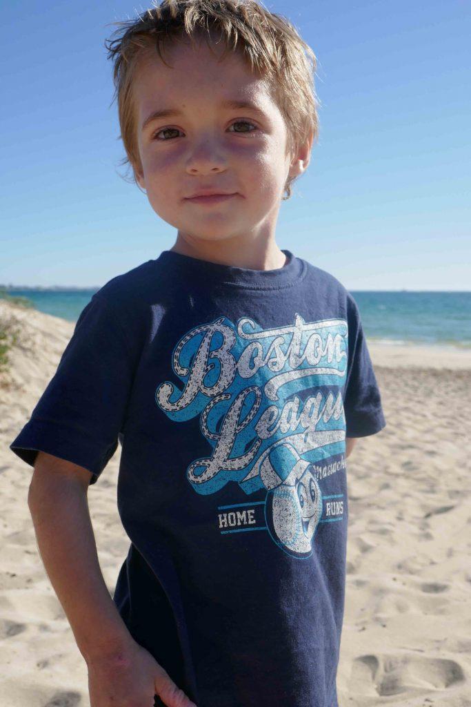 https://www.writteninwaikiki.com/10-tips-taking-better-photos-kids/ child beach Rockingham Western Australia
