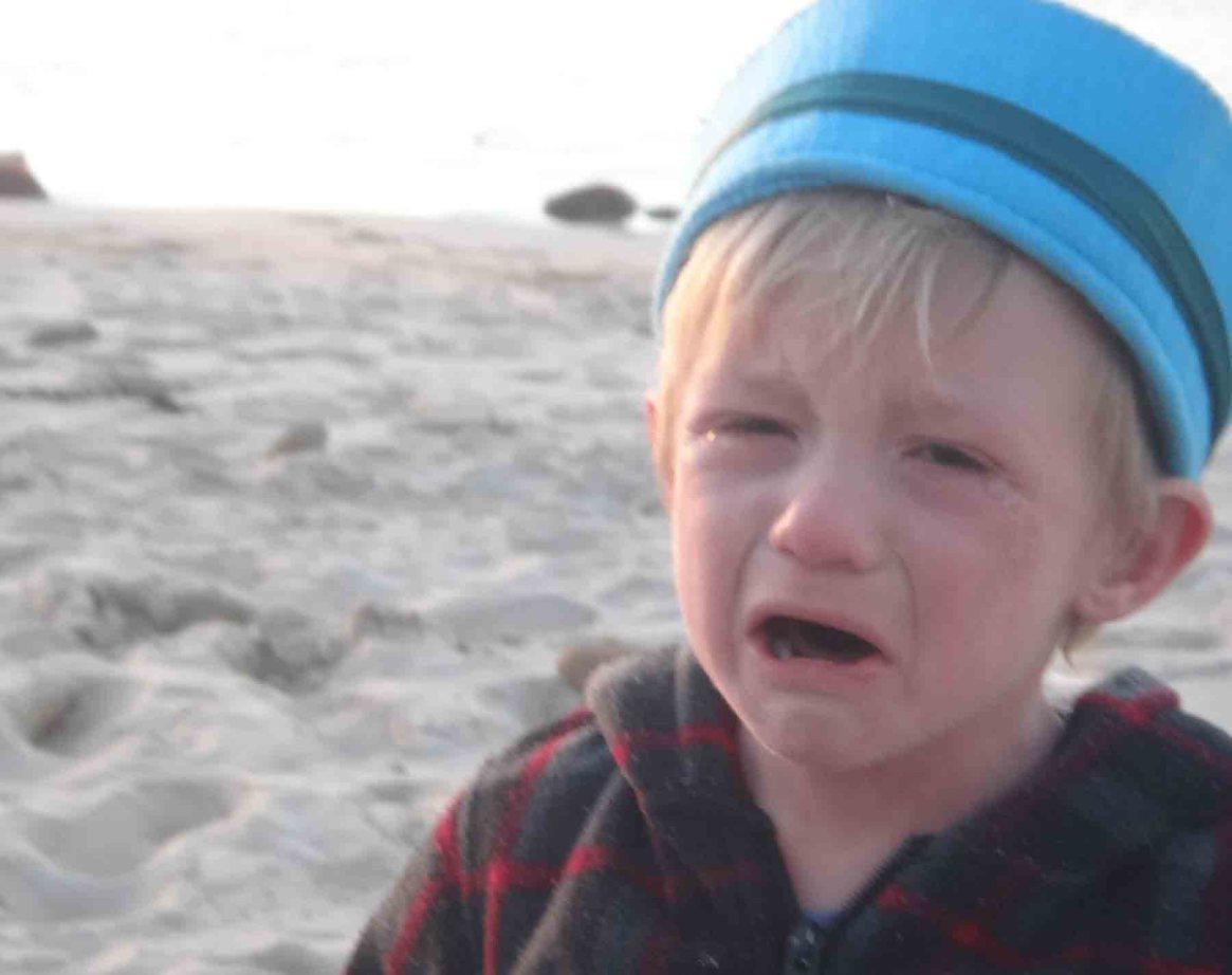 https://www.writteninwaikiki.com/dealing-difficult-child/ child toddler tantrum crying