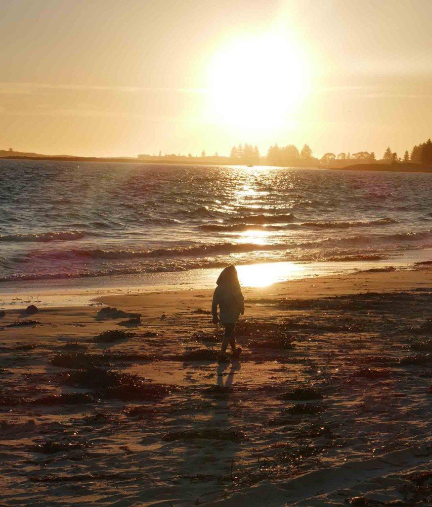 https://www.writteninwaikiki.com/effects-of-bullying Western Australia Rockingham beach