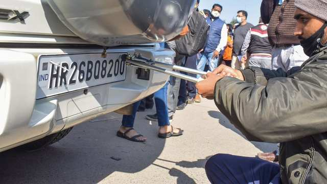 How to apply for high security number plate and colour-coded sticker in Delhi, Noida, Himachal Pradesh online