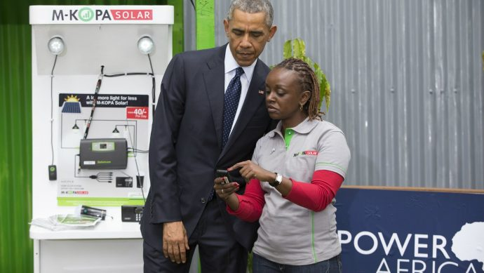US President Barack Obama visits M-KOPA stand at the UNEP offices in 2015